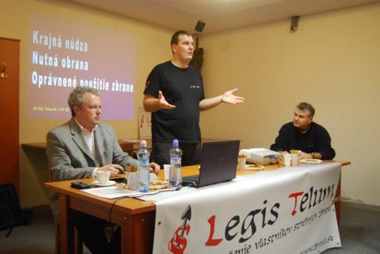 Prednášky o nutnej obrane a krajnej núdzi