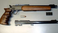 Zlamovacia športová pištoľ Krutý s prepínaním zápalníkov